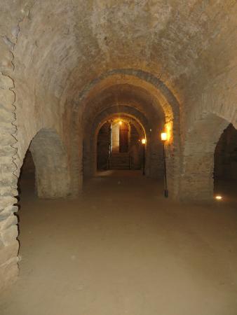 Saint-Michel-de-Cuxa : the crypt