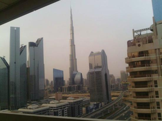 Burj khalifa view picture of number one tower suites for Number 1 hotel in dubai