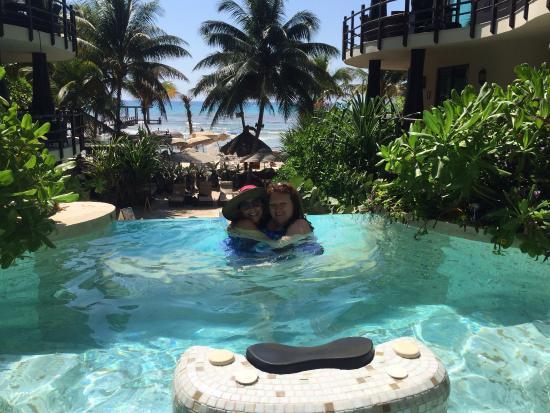 Villas Sacbe Condo Hotel and Beach Club: View from pool at El Taj