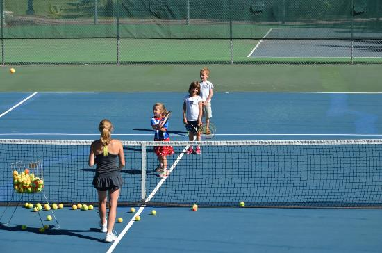 Kids tennis lessons at the Vail Racquet Club