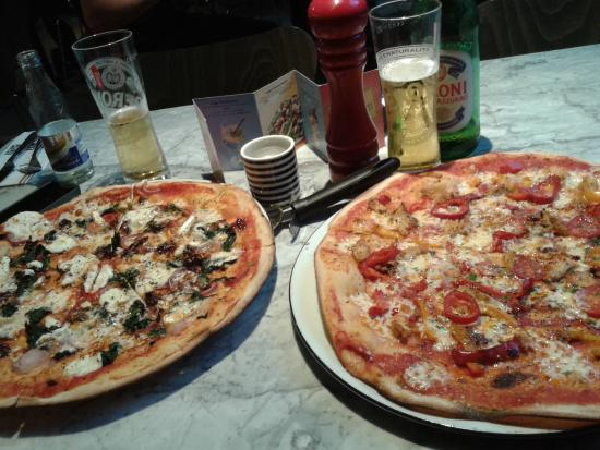 Pizza Express: pizzas