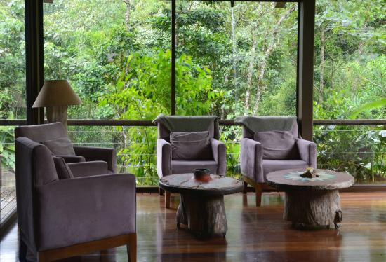 El Silencio Lodge & Spa: Lounging areas in the Main Lodge.