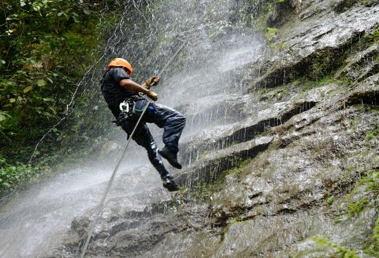 El Silencio Lodge & Spa: Thrill-seekers will enjoy the Adventure Park / Canopy Zip Lining and Waterfall Rappelling.