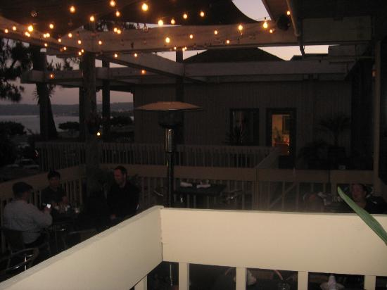 Boathouse Restaurant: Outdoor seating