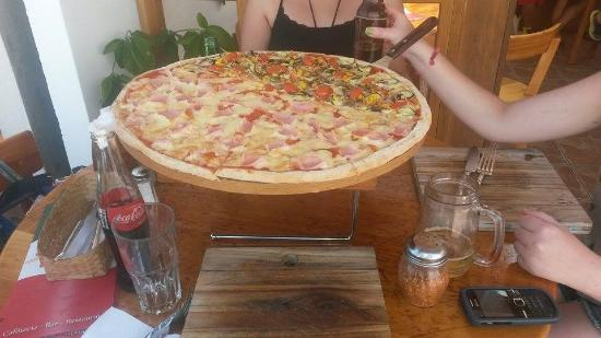 PIZZA.EAT: Pizza Enormee Familiar!