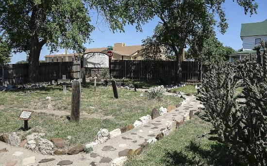 Boot Hill Museum | 500 W Wyatt Earp Blvd, Dodge City, KS, 67801 | +1 (620) 227-8188