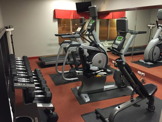 Holiday Inn Express Kearney: Exercise room was clean and had a good mix of equipment.