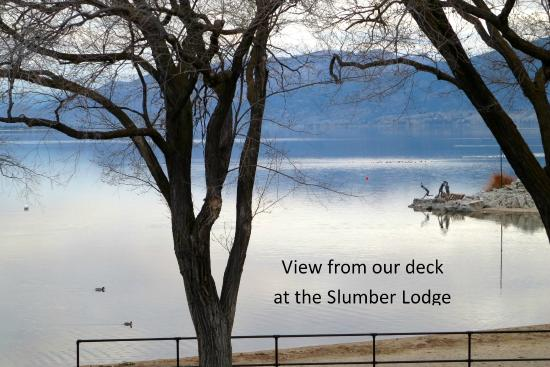 Slumber Lodge Motel: View from our deck overlooking Lake Okanagan