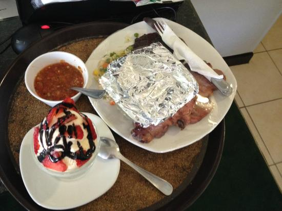 BEST WESTERN Hotel Plaza Matamoros: Food is good and not expensive