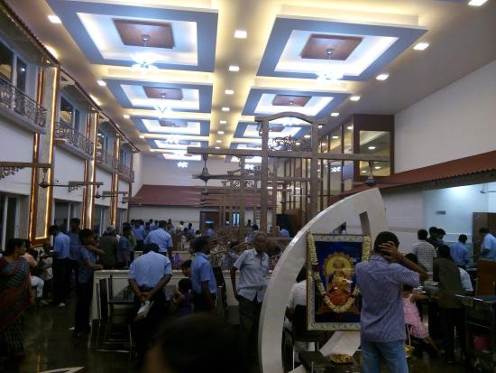 Sree Annapoorna Gowrishankar Hotel Decor Near Airport