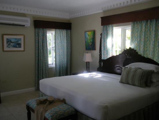 هاف مون: The bed that Prince Harry slept in while at Half Moon