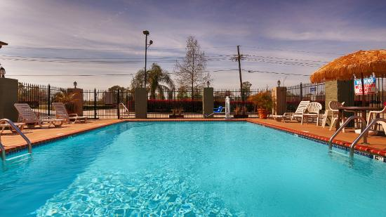 BEST WESTERN Bayou Inn: Salt Water Pool