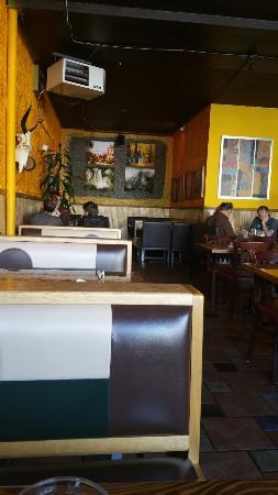 Julio's Restaurant: Cute place, excellent food.