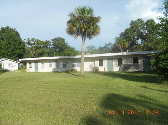 Chassahowitzka Motel