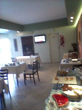 Hotel Costa Limay : Desayuno artesanal: Generoso y de exquisita manufactura.