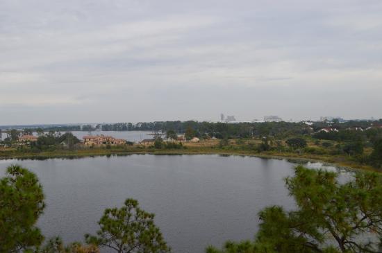 Lake Eve Resort: Vista para o lago