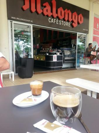 Malongo: Delicious coffee and the club sandwich was also really tasty. This is the best place to stop and