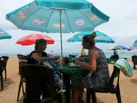 Koko's Beach Grill: All new kokos on the beach