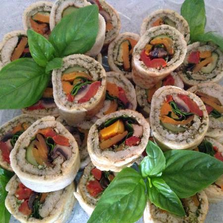 Goregous paleo salads picture of 3 divas cafe for Gluten free canape