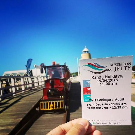 Kandu Holidays: we are at busselton jetty