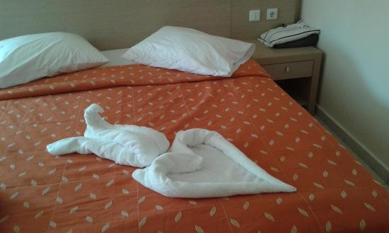 Zorbas Beach Hotel: merci pour l'intention!