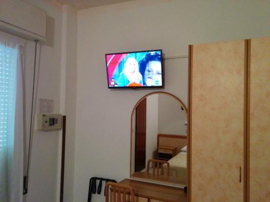 Maxischermo eventi sportivi - Picture of Hotel La Plaja, San