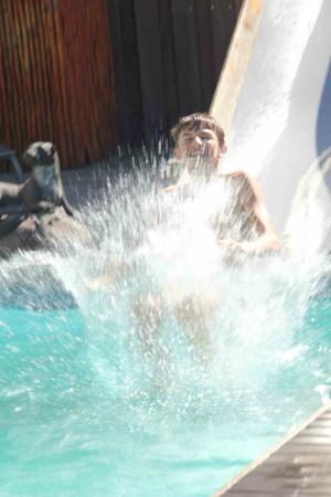 Noordhoek Sunshine Lodge: Rutschspass mit der Wasserrutsche