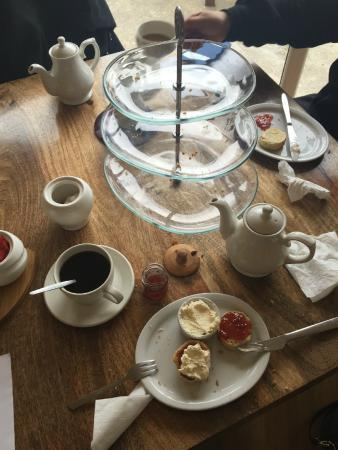 Stained Glass Centre: afternoon tea - devoured!