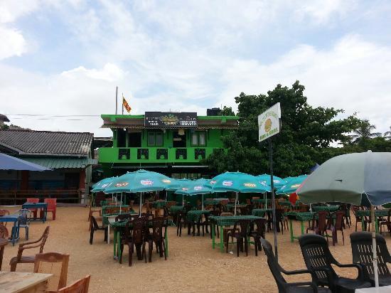 Koko's Beach Grill: All new koko's on the beach