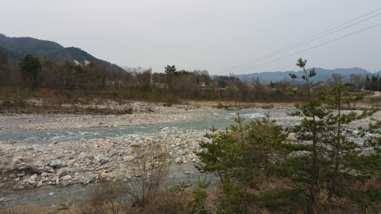 Kurobe Kanko Hotel: A beautiful river walk