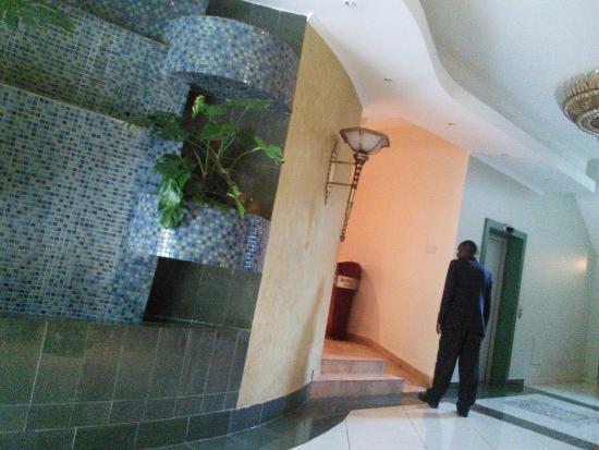 Boma Inn Nairobi: The reception