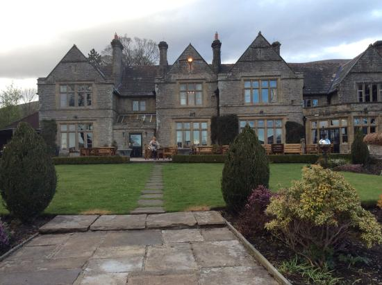 Simonstone Hall Country House Hotel: Front of hotel