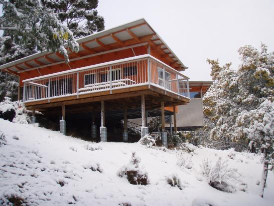 Tasmanian Wilderness Experiences - Base Camp Tasmania: BCT September Snowfall