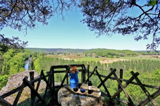 Auberge de Castel Merle: panorama