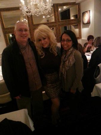 Woburn Thai: Fancy bumping into Dolly Parton in Woburn !