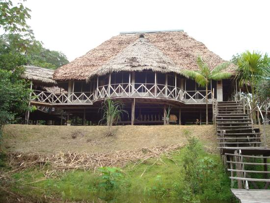 Amazonia Expeditions' Tahuayo Lodge: Outside the dining room
