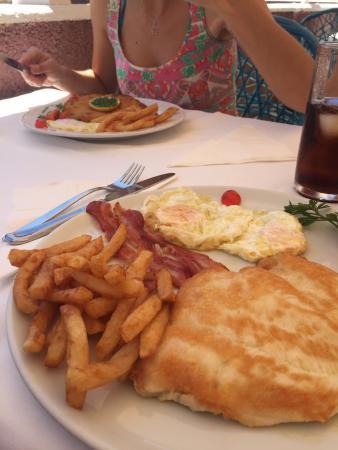 Restaurante Miramar Yumbo: photo0.jpg