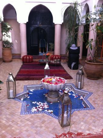 Riad Basim: Innenhof Riad
