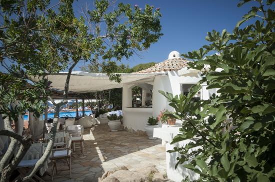 Hotel La Bisaccia : bar piscina