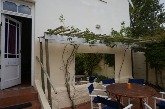John Montagu Guest House: Jardin
