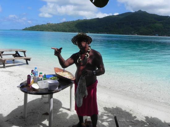 Huahine Nautique: La préparation du poisson cru