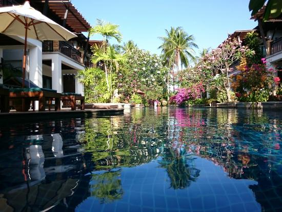 Railay Village Resort: Piscina