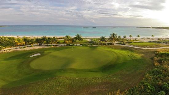 The Abaco Club: Stunning seaside tropical links
