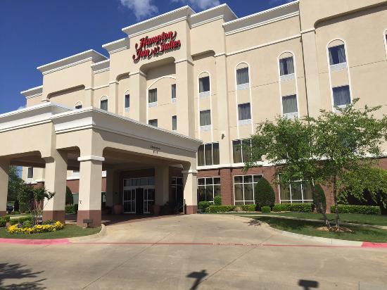 Hampton Inn & Suites Texarkana: Outside