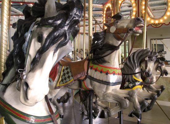 Cafesjian's Carousel : Spirited horses