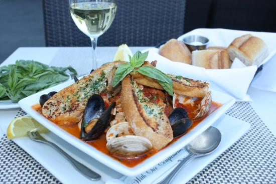 Lure Fish House : Lure Cioppino
