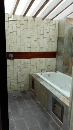 Casa Ticul Hotel by Koox Luxury Collection: Terraza con hidromasaje