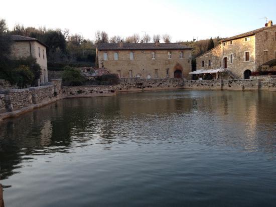 Bagno vignoni 2 foto di albergo le terme bagno vignoni tripadvisor - Albergo le terme bagno vignoni ...