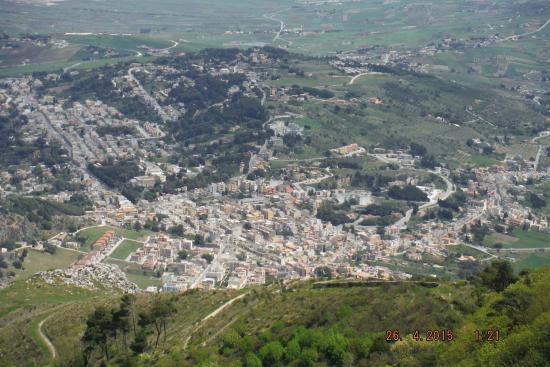 هوتل فيلا سان جيوفاني: vue sur la montagne