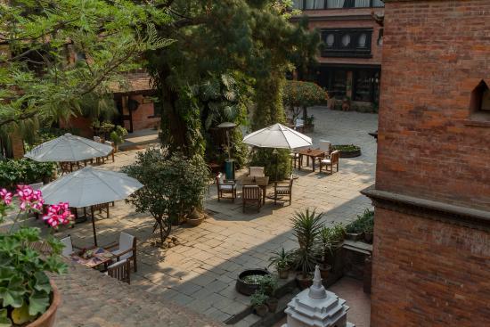 Dwarika's Hotel: jardin de l'hôtel